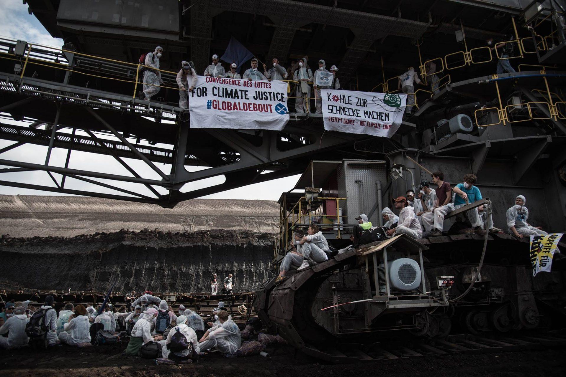 Ende Gelaende Global Debout
