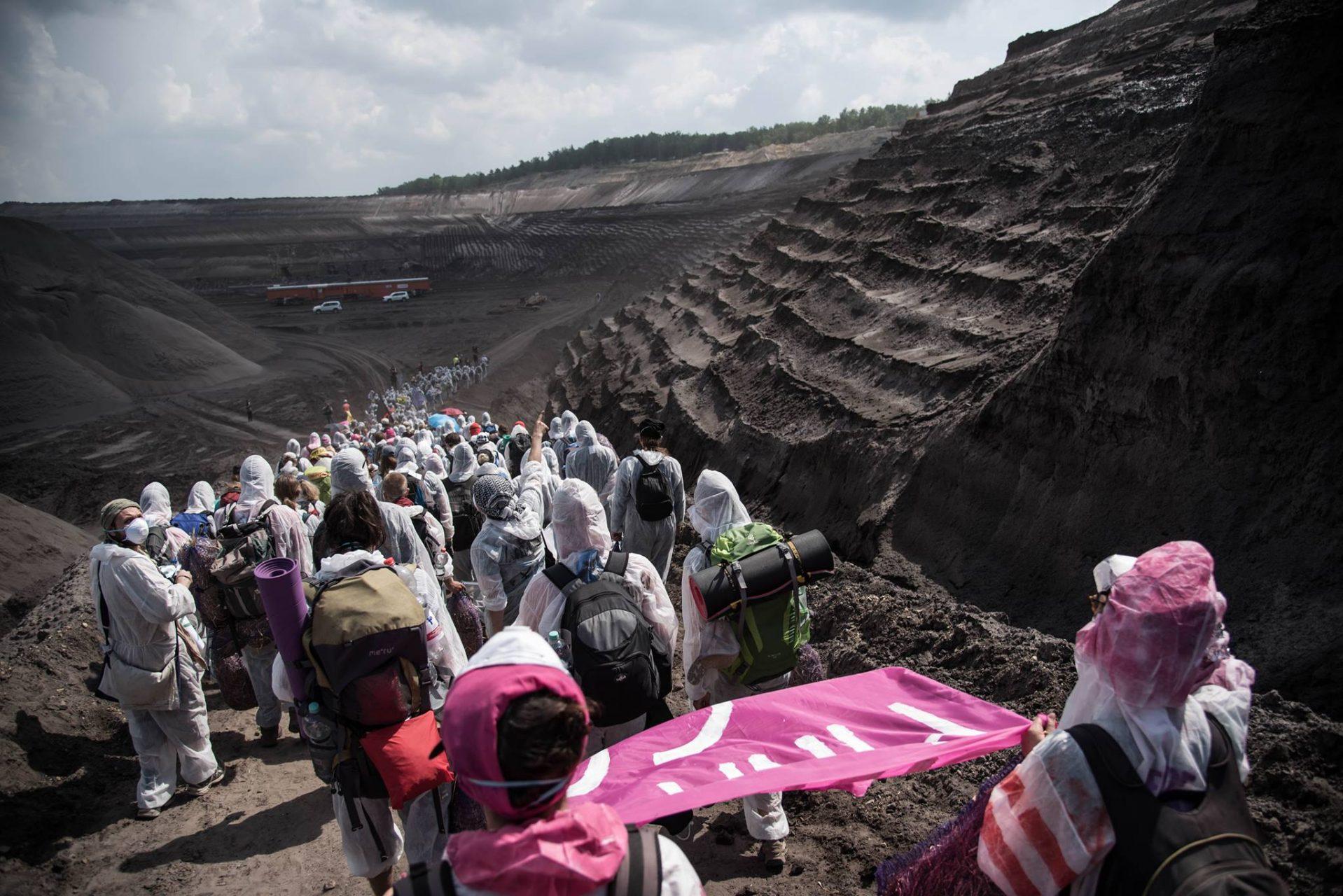 pinks block coal 1